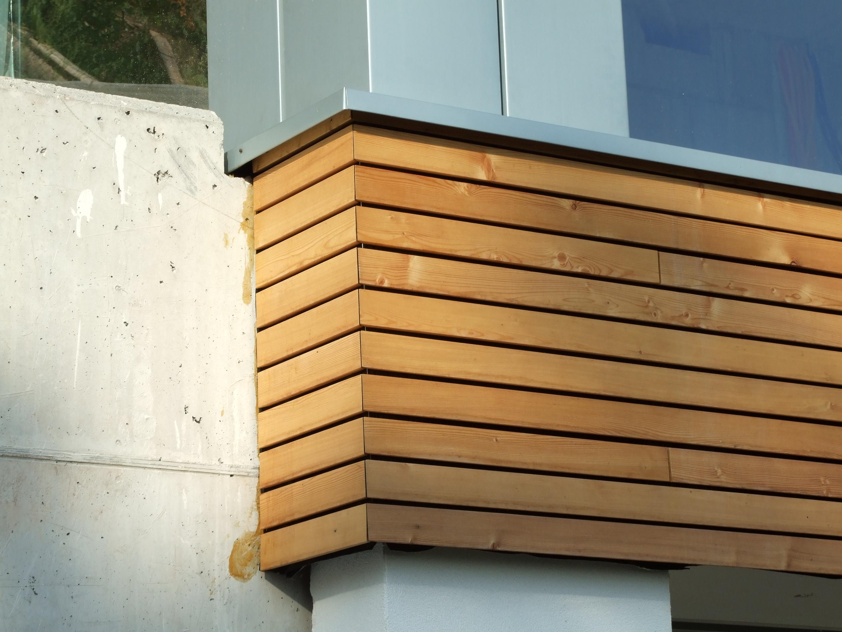 Lesena fasada Mozjanca - sibirski macesen