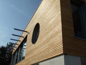 Lesena fasada Mozjanca- sibirski macesen romb